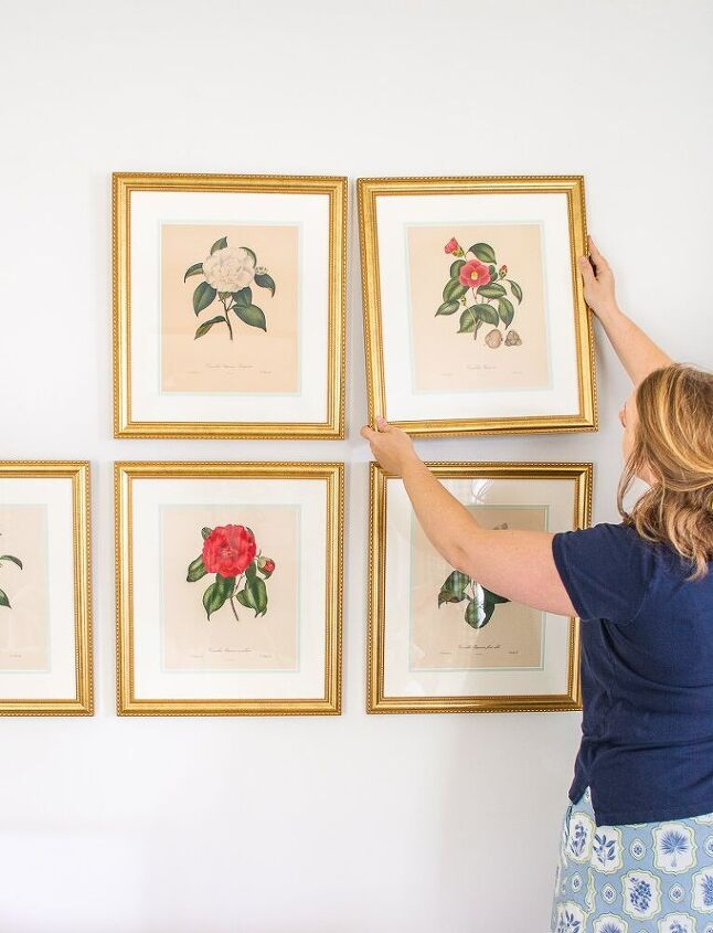 5 tips to hang a grid gallery wall