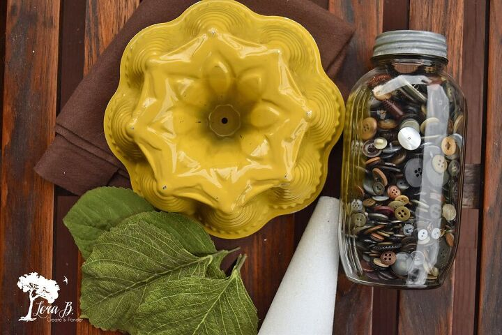 repurposed cake mold sunflower diy