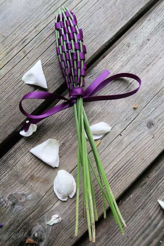 how to make a lavender wand from fresh lavender