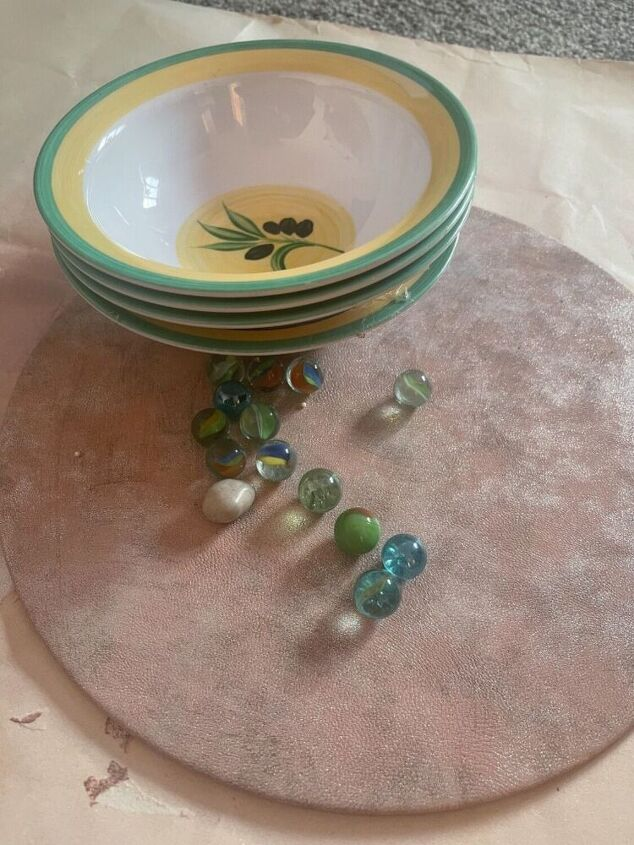 upcycle bowls to make a beautiful centrepiece stand