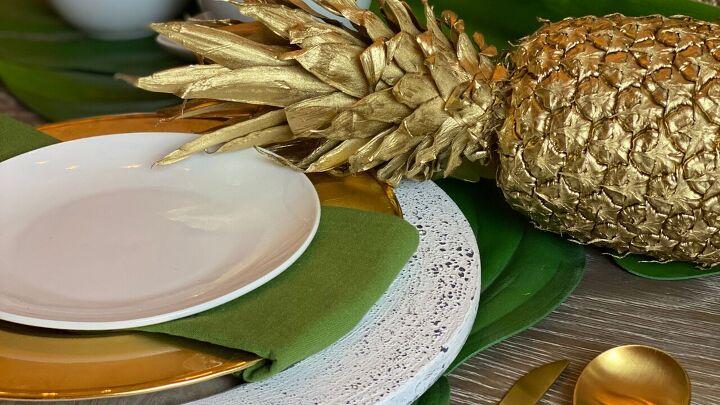 s 14 belles idées pour décorer pour n'importe quelle fête, Tropical Getaway Tablescape