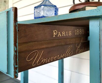 French-American Accent Table