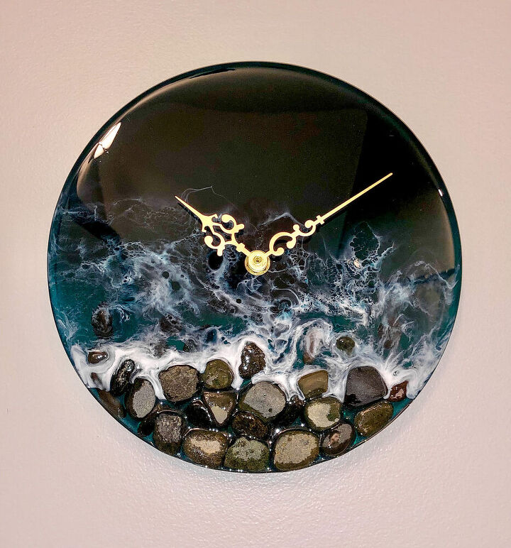 pebble clock resin waves