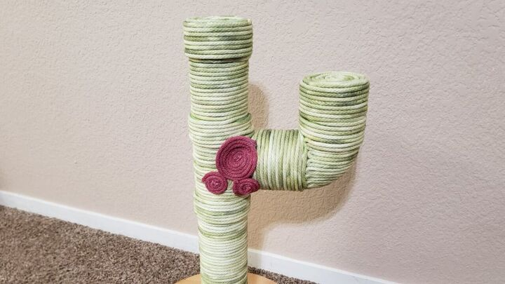 s 10 diy ideas every pet mom needs to see, Create a faux cactus scratching post