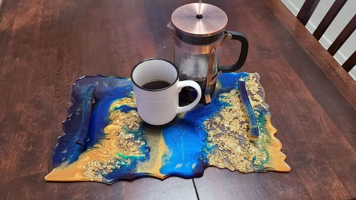 s pour gold resin into a mold to make this stunning home decor accent, Gorgeous Serving Tray