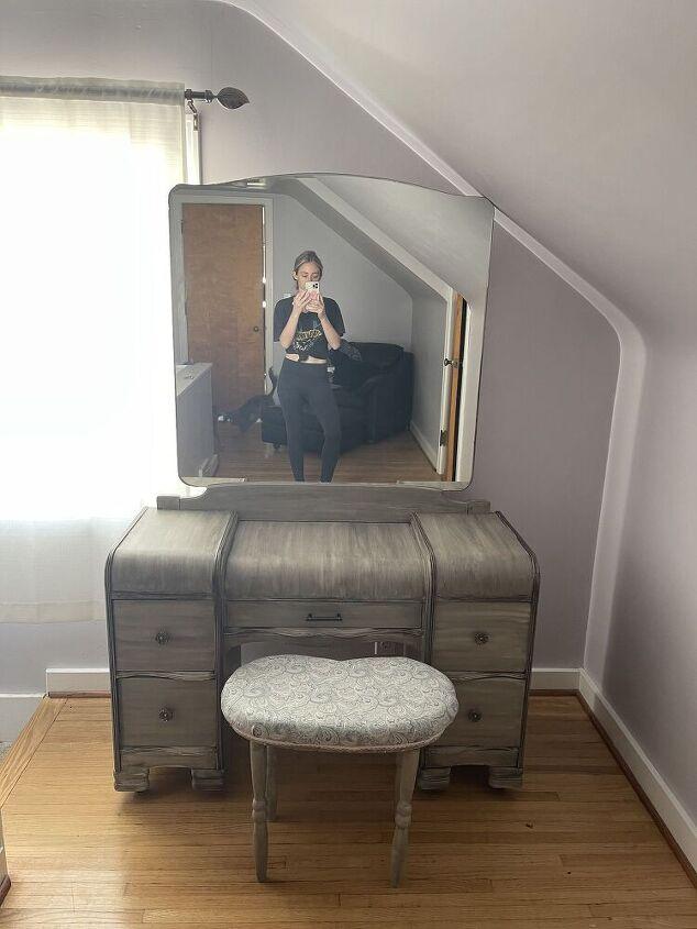 q how can i make a vintage vanity taller