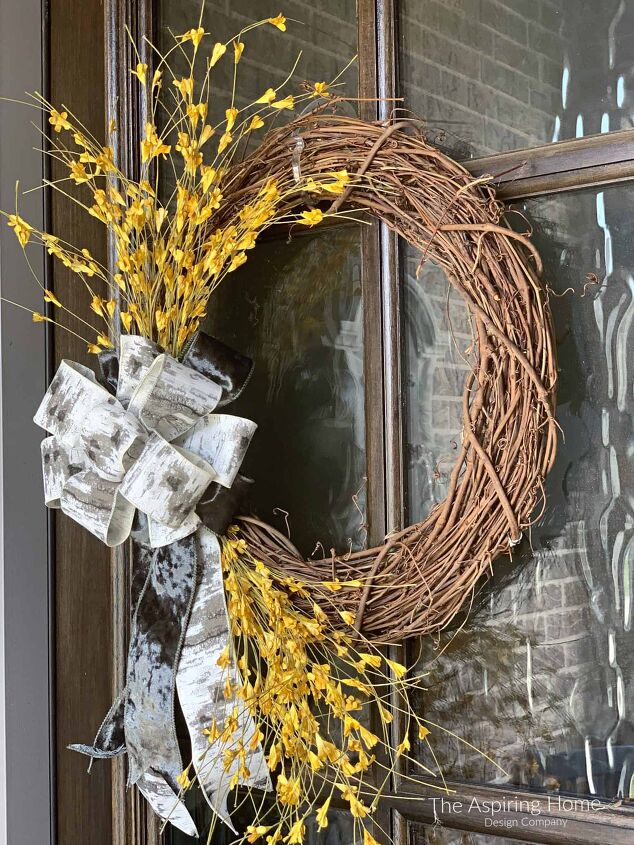 make this easy fall front door wreath