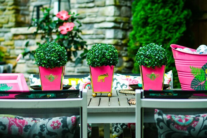diy cachepots are an adorable and easy outdoor table decoration idea