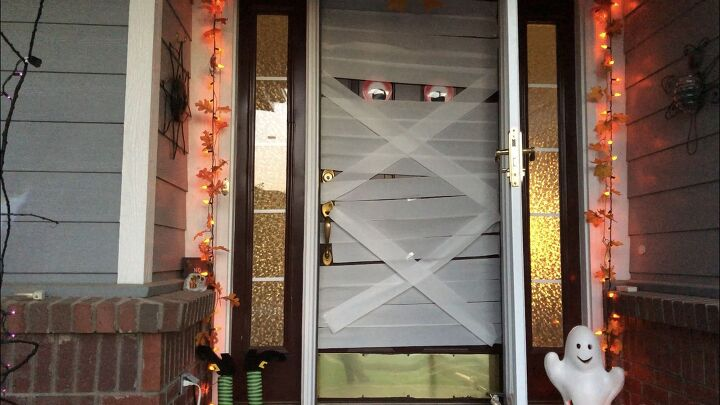 s creep your neighbors out with these 8 halloween yard ideas, A not so scary mummy door