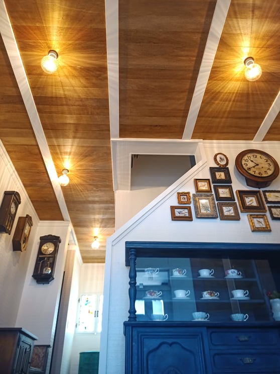 plywood plank ceiling
