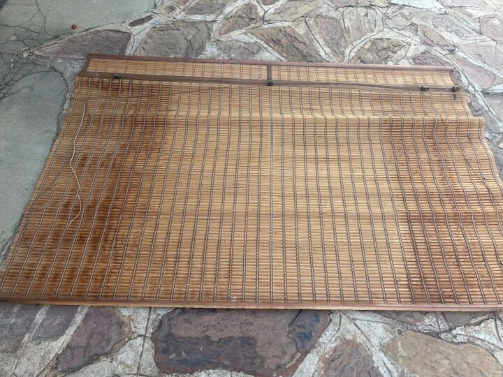 floor rug from a window blind