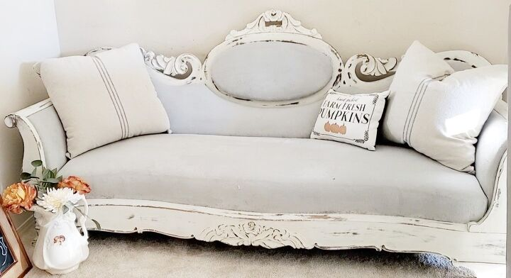 how to makeover a victorian antique sofa with chalk paint