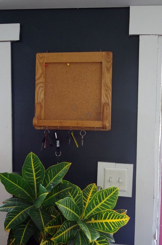 cork board and key caddy makeover