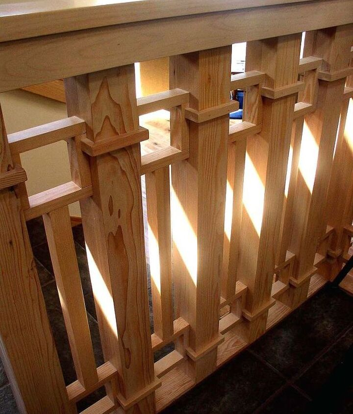 The detail of the baluster is added to the adjacent wainscoting that stylistically surrounds the dining area.