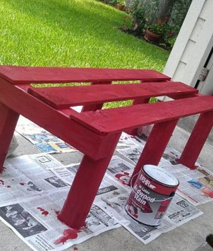 making of a pallet bench, painted furniture, pallet
