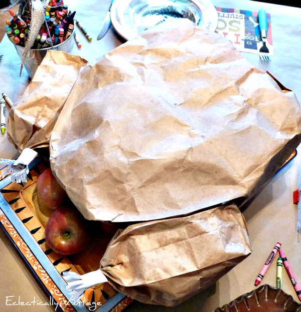 Carve up this Tom Turkey and find a surprise inside - Pirate's Booty anyone? http://eclecticallyvintage.com/2012/10/paper-bag-thanksgiving-turkey-centerpiece/