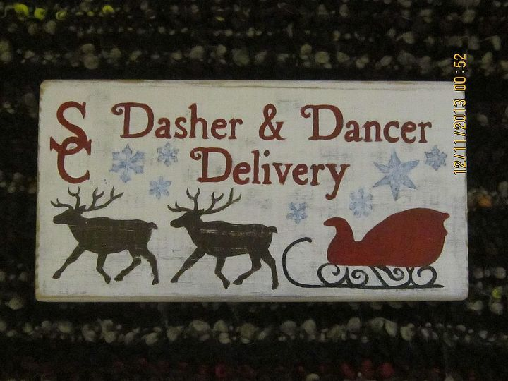 hand painted christmas decorations signs, christmas decorations, crafts, seasonal holiday decor
