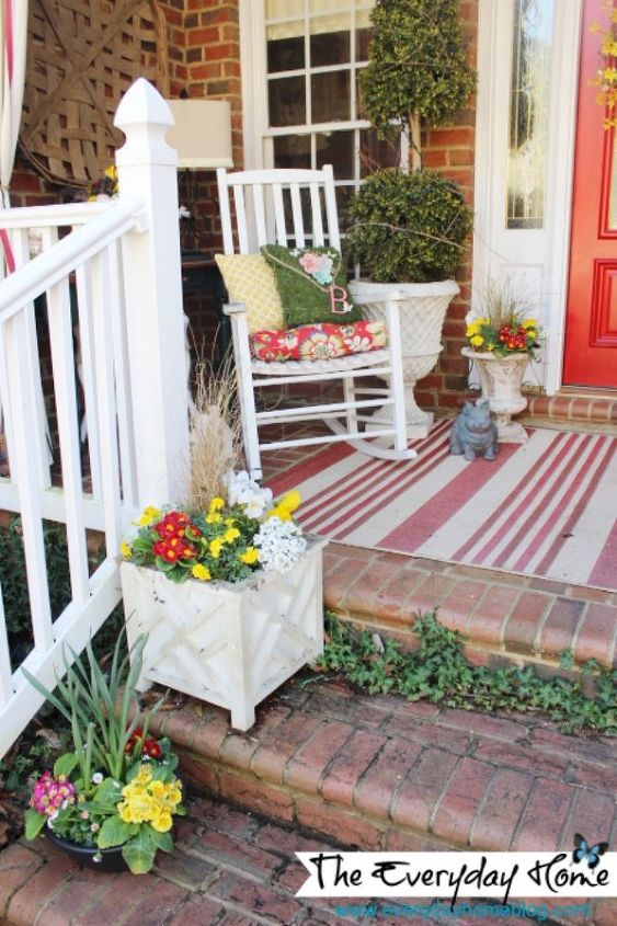 The red striped outdoor rug I added last Summer still looks great.