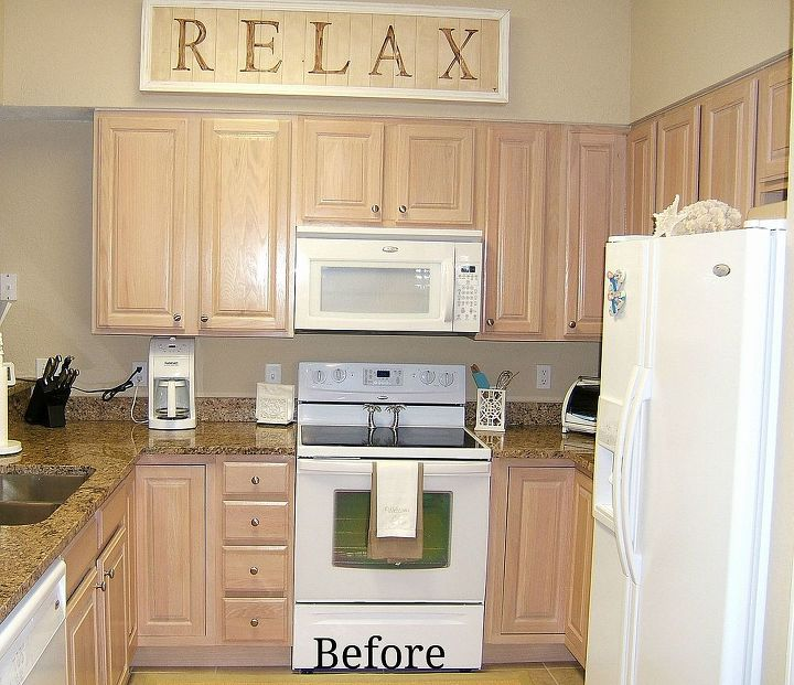 Paint Colors With Medium Oak Kitchen Cabinets: Kitchen Cabinet Remake -Pickled To Beachy