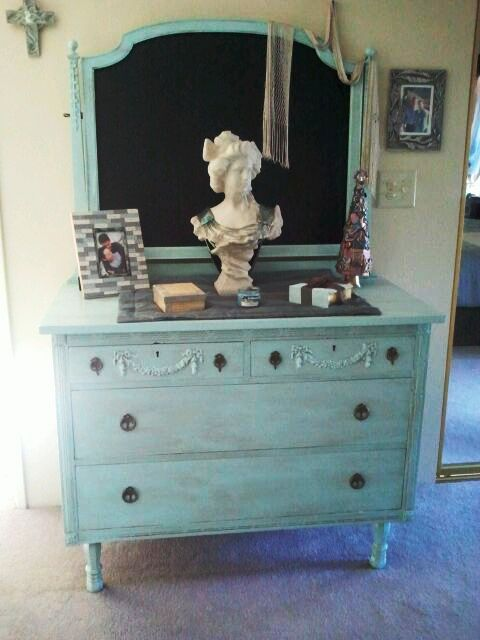Antique Dresser And Mirror Refurb Chalkboard Paint Painted Furniture Viola She S Done
