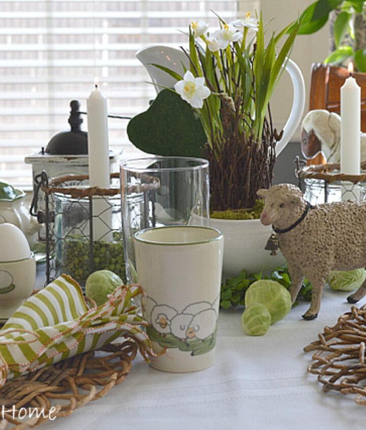 http://www.zuhausathome.com/springtime-tablescape/