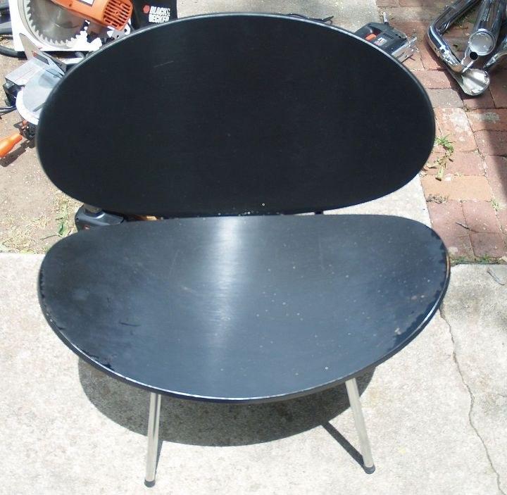 Before - This clam shell chair's black paint job was poorly done.  I have $4 for this at a sale.