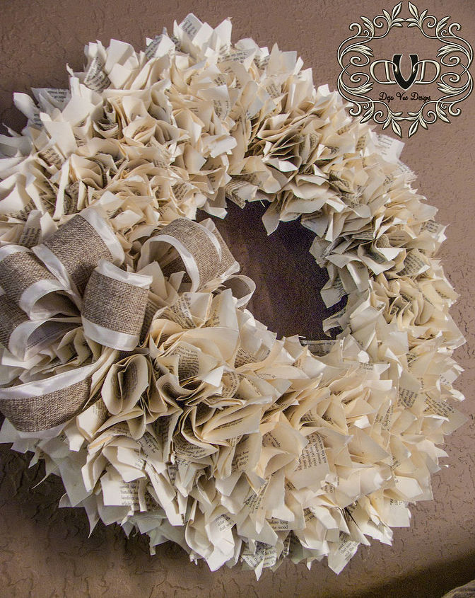 This wreath looks amazing on every wall I've tried it on.