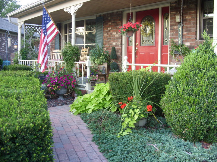 my american front porch 2012, outdoor living, porches, Our All American front porch 2012
