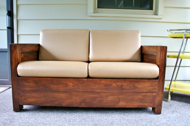 how to refinish a cargo love seat, painted furniture