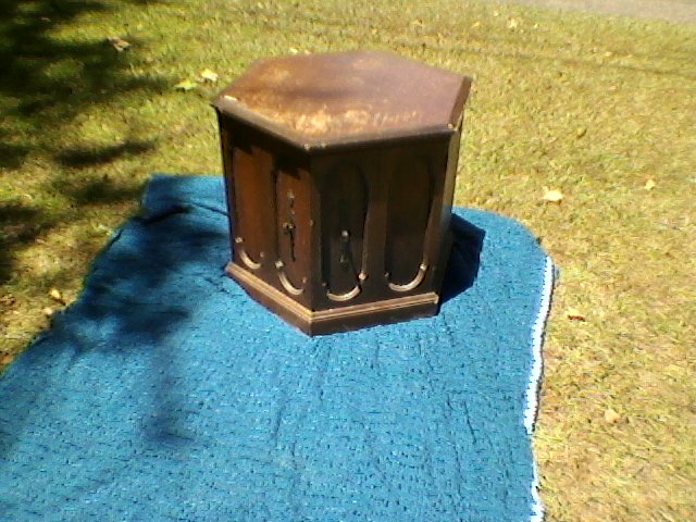 stylish and multifunctional end table, painted furniture, repurposing upcycling, Before