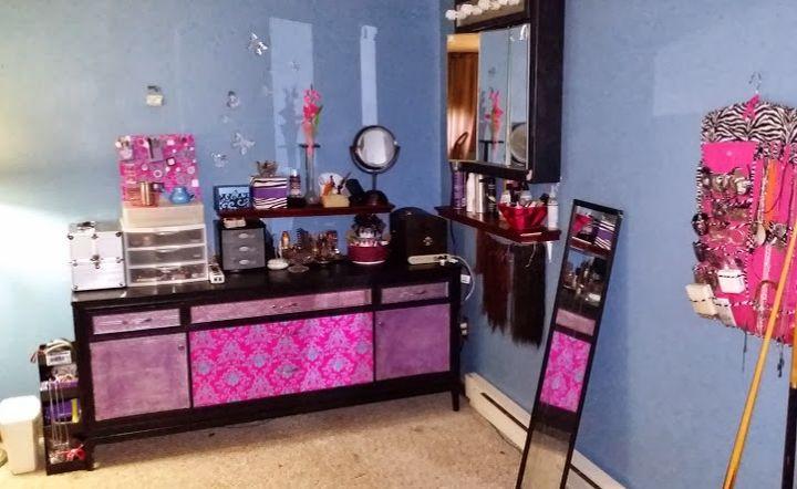 diy old buffet table turned makeup vanity, painted furniture