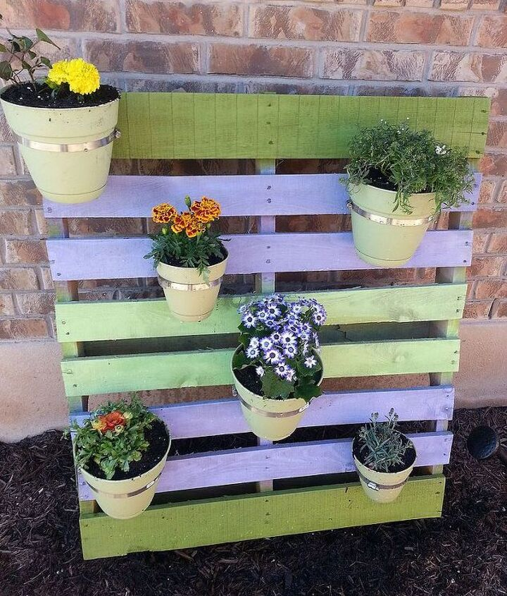 Cute, cheap pallet project - photo 2.