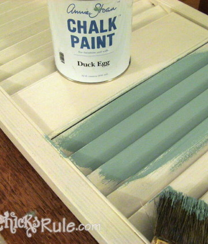 I used a 2 part process to create the weathered look I was after using Latex and Chalk Paint®.