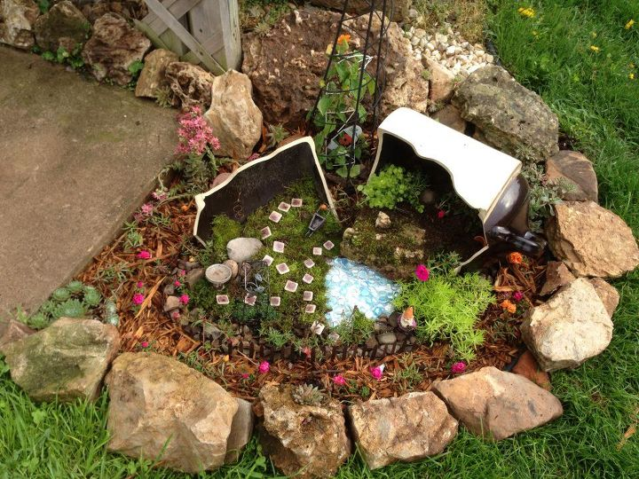 broken jug inspired gnome garden, gardening