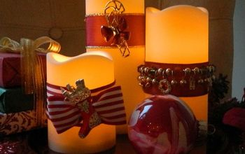 Decorate candles using Christmas jewelry!