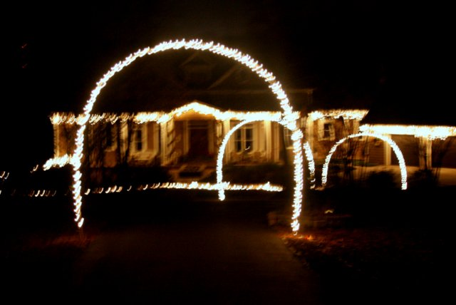 outdoor christmas lights and diy arches curb appeal lighting outdoor living