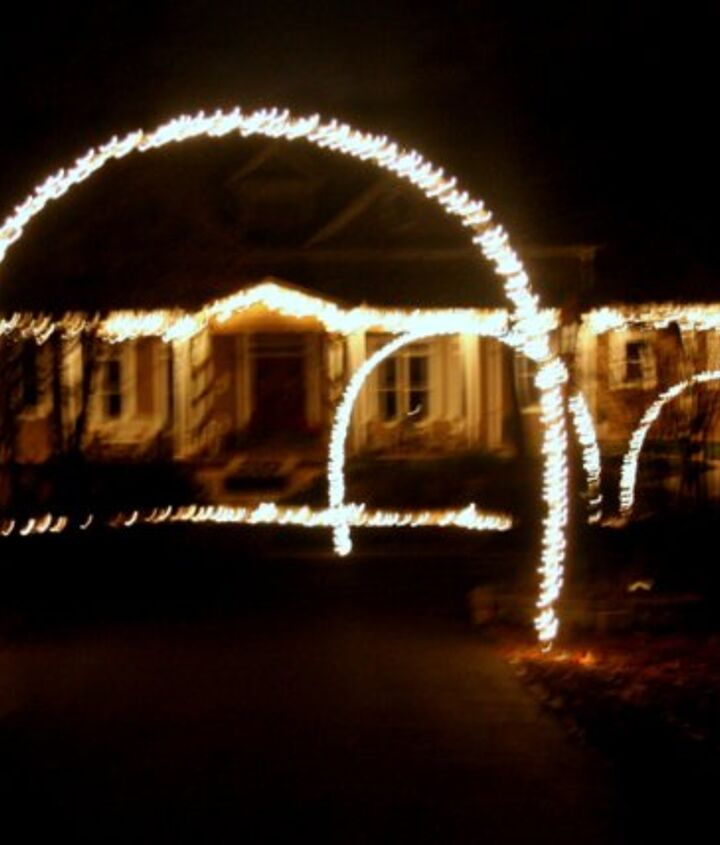 outdoor christmas lights and diy arches, curb appeal, lighting, outdoor living