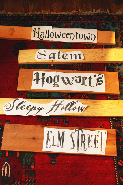 diy halloween yard sign from scraps crafts halloween decorations seasonal holiday decor