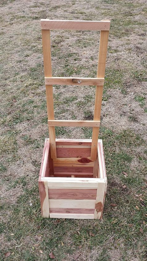 tomato planter box, gardening, repurposing upcycling, woodworking projects