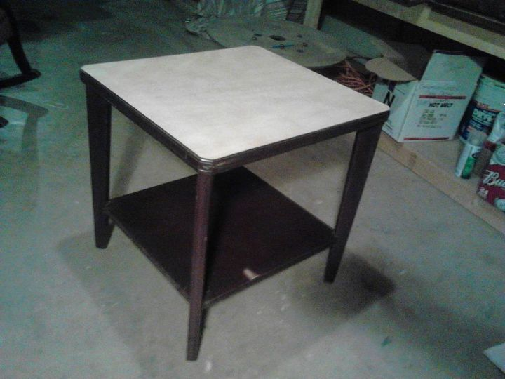 refurbish end table, painted furniture