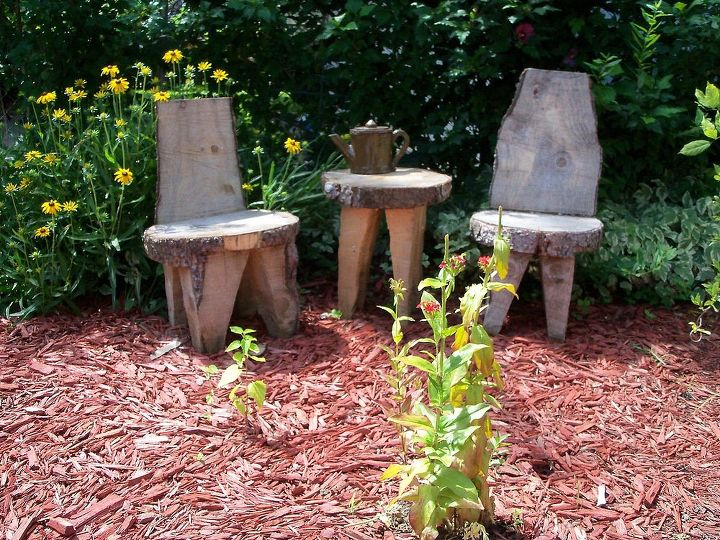 my tree trunk table and chairs