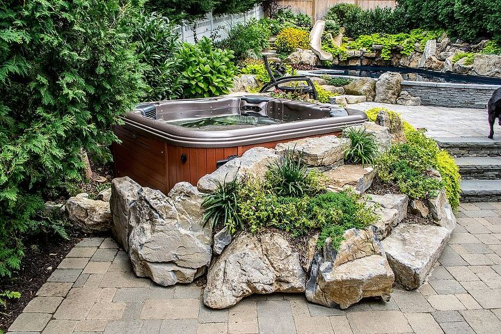 Award winning Bullfrog spa projects with Hot tubs and spas. Long Island Pool and Spa Associations 2012 award winning projects. www.longislandhottub.com