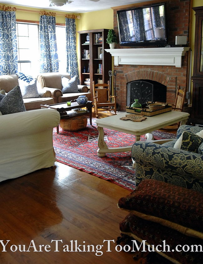 Craigslist oriental rug. $50.00. One of my first ever painted thrifted coffee tables! http://wp.me/p2FeqP-oI