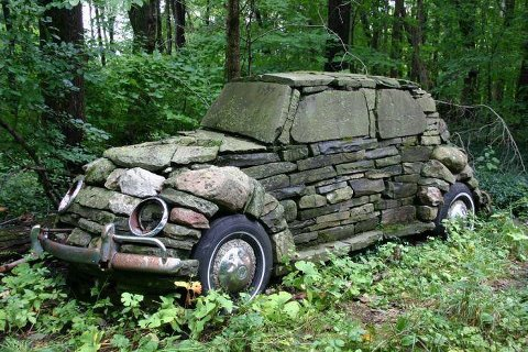 find this on face book posted here to all you can see it s unusual but interesting, gardening, repurposing upcycling, do you like to have this in your yard