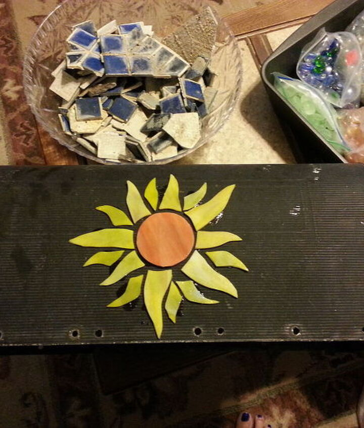 mosaic mailbox weekend project, crafts, tiling
