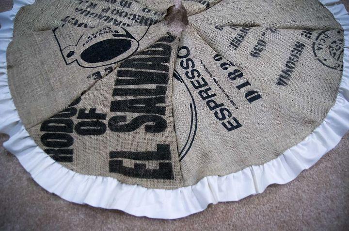 reduce reuse recycle, crafts, seasonal holiday decor, Burlap tree skirt with ruffle