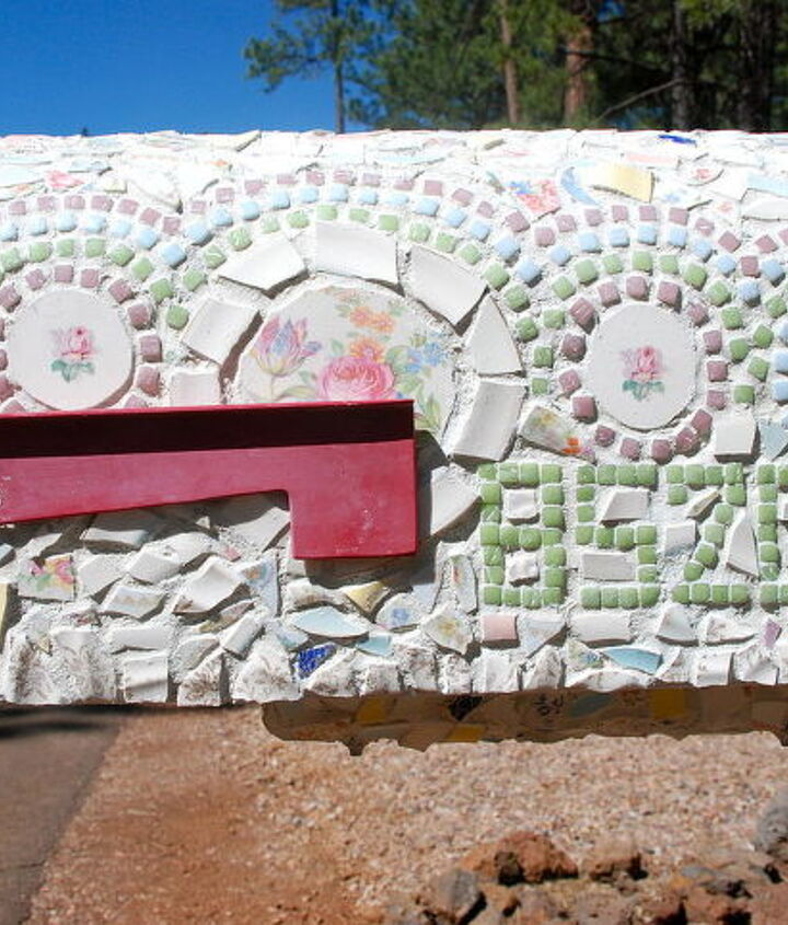 mailbox from ugly to pretty, crafts