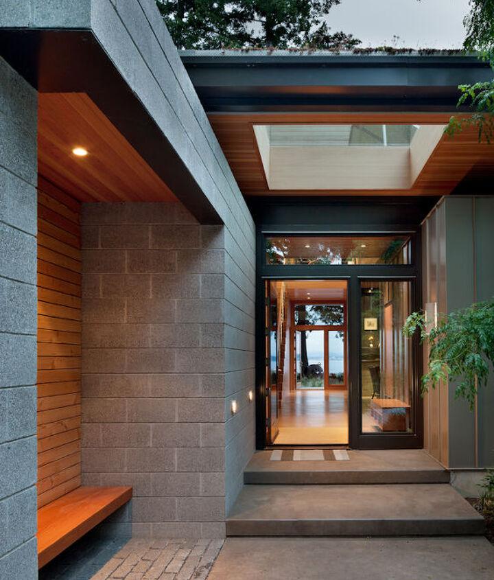 Entry View _ Ellis Residence, Coates Design Architects, Seattle (photo by Lara Swimmer)