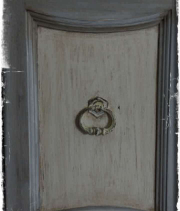 Closeup of the door on the hutch. I used AS Dark Wax to antique it.