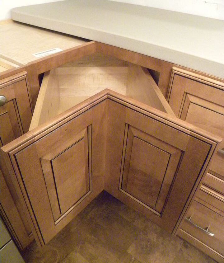 Here's the top drawer in my corner cabinet -- such a great alternative to the lazy susan.